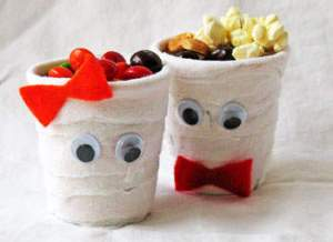 Halloween themed cups for snacks